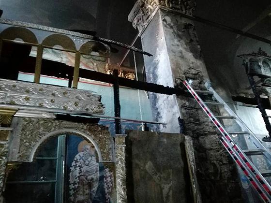 Γιάννενα: Στο επίκεντρο η ζημιά στο ξυλόγλυπτο τέμπλο